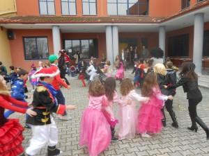 Γιάνκα χορεύει...όλος ο καλός κόσμος!